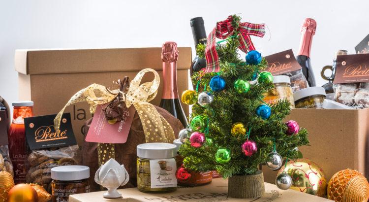 I cestini natalizi pugliesi con i migliori prodotti tipici