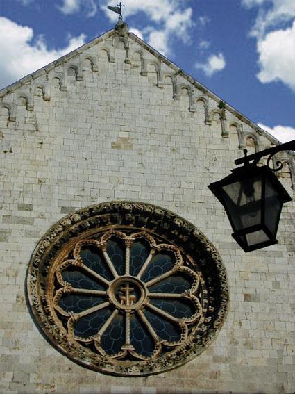 Rosone chiesa Conversano