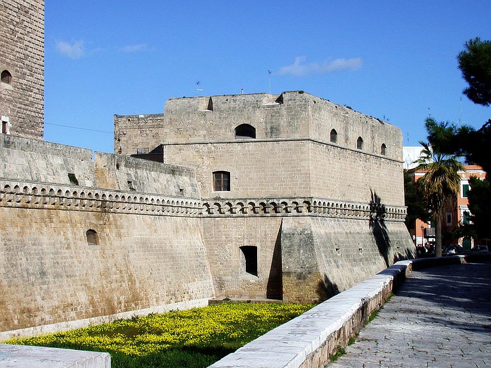 castello di bari – Laterradipuglia.it