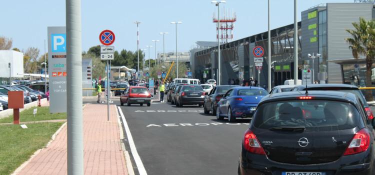 Parcheggiare all'aeroporto del Salento a Brindisi