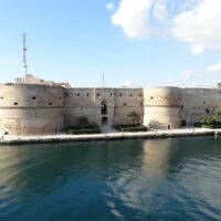 storia di taranto, il castello aragonese, Taranto - Laterradipuglia.it