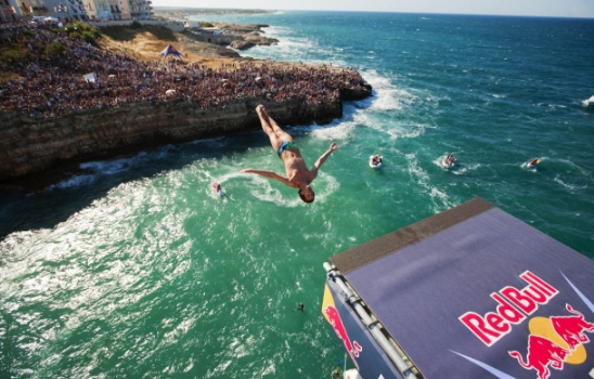 Red Bull Cliff Diving World Series, l'appuntamento è in Puglia
