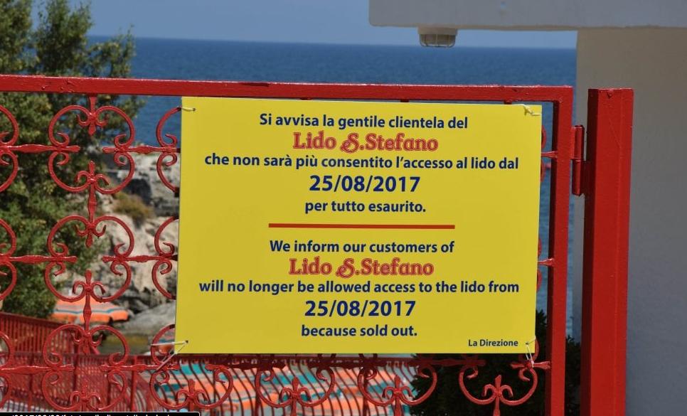 cartello in inglese