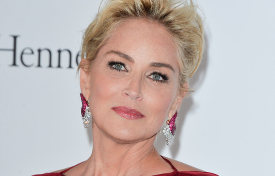 Sharon Stone festeggerà i suoi 60 anni tra i trulli