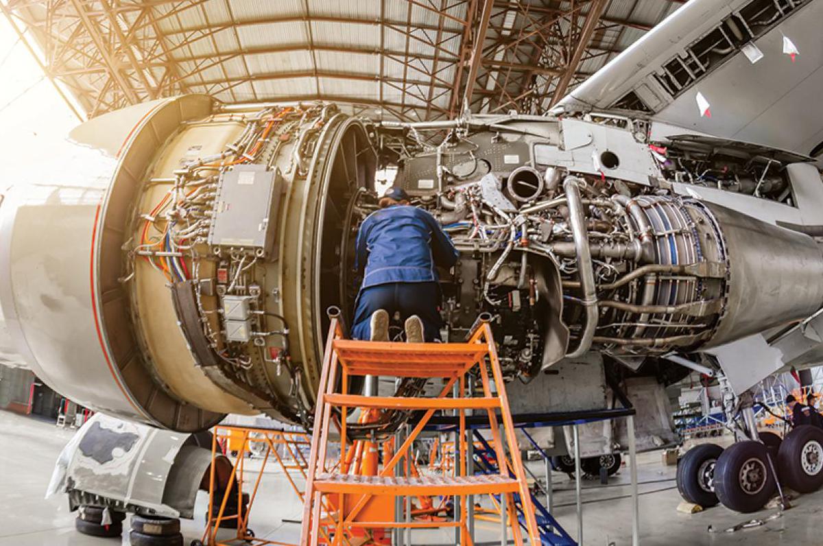 aereo-motore-meccanico