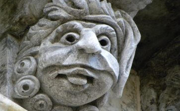 Le maschere apotropaiche in terra di Puglia
