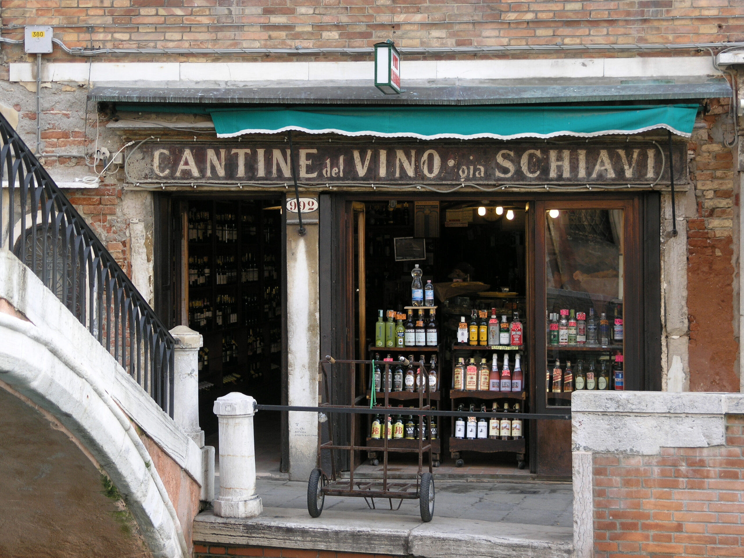 Cantine del Vino gia Schiavi
