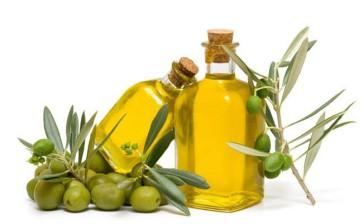Olio extravergine pugliese, l'oro verde italiano: ecco le sue proprietà