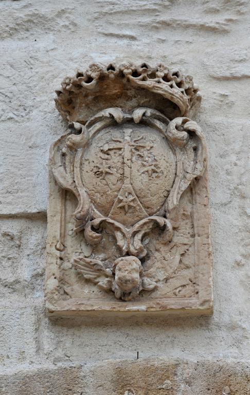 castello-aragonese-taranto-blasone