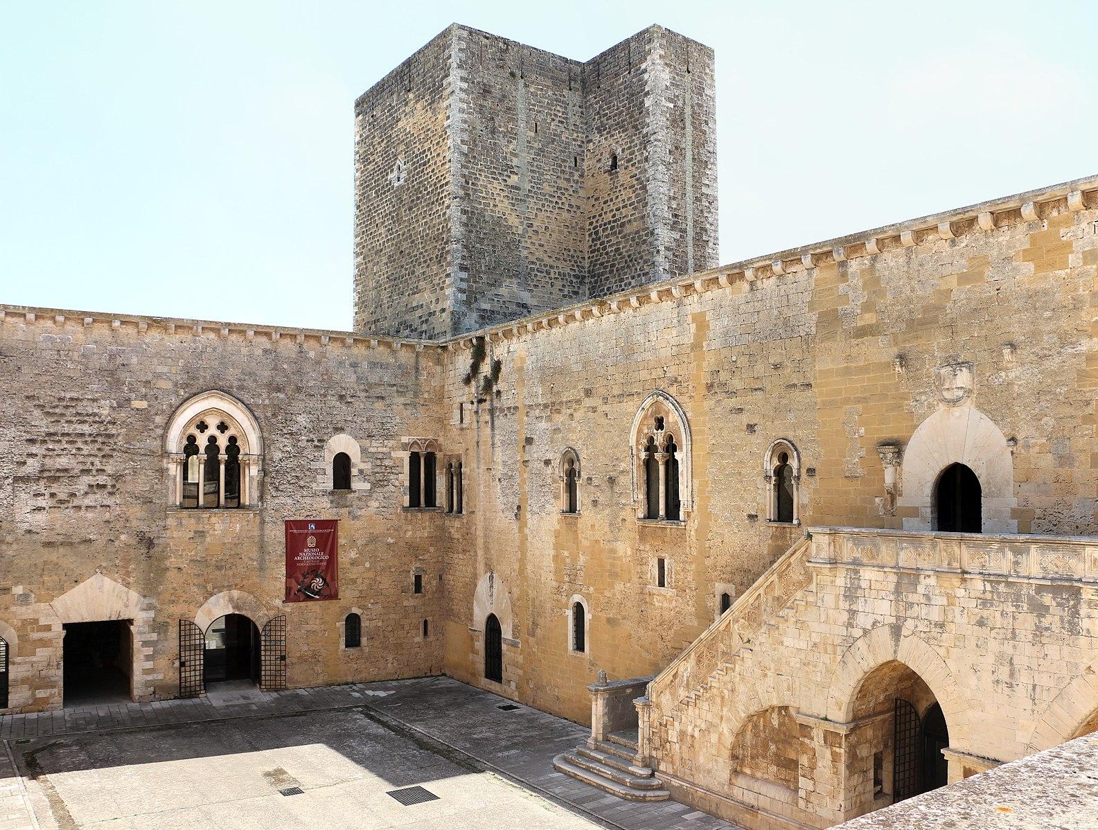 castello di gioia del colle – Laterradipuglia.it