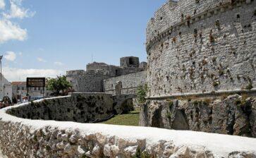 In vacanza in Puglia: il fantasma del Castello di Monte Sant'Angelo