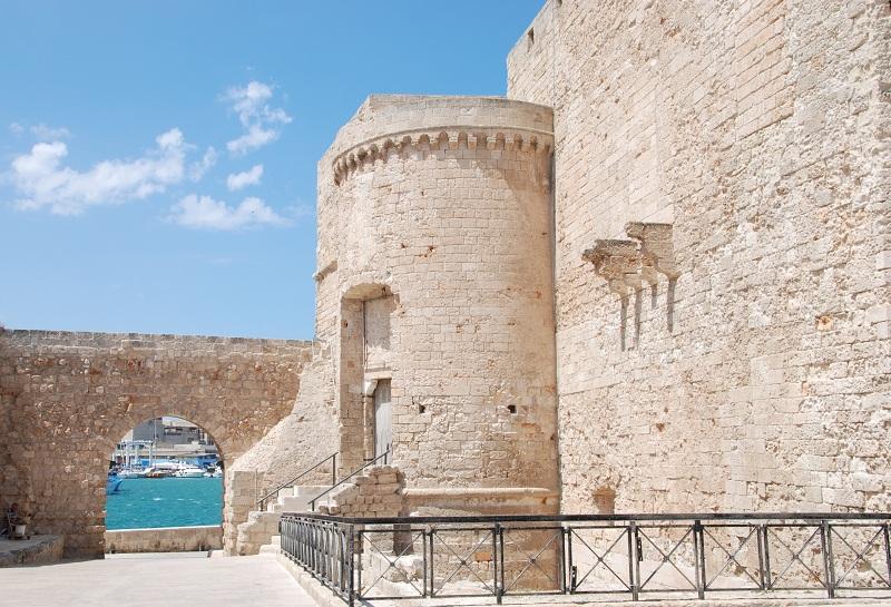 Castello Carlo V – Photo by Francesco Ippolito