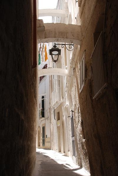 Vicolo nel centro storico – Photo by Francesco Ippolito