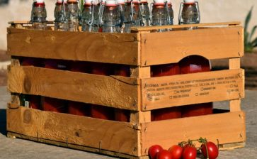 Dalla Puglia a casa tua, la passata di pomodoro di Puglia è già in viaggio