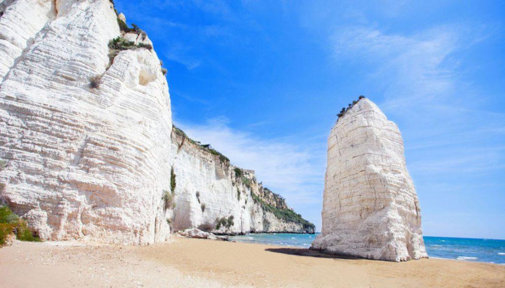 spiaggia di pizzomunno - la Terra di Puglia