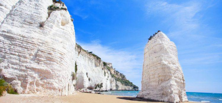 Le 5 spiagge da cartolina dove andare in Puglia