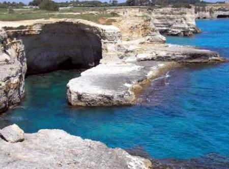 La Guida Blu 2012: in Puglia 38 località con vele