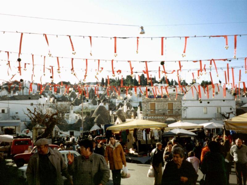 Mercato Settimanale in Puglia