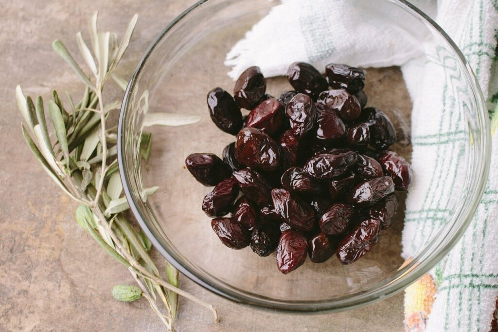i contadini, conservazione delle olive, olio pugliese - Laterradipuglia.it