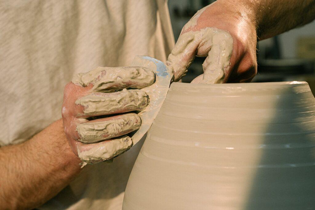 come nascono i palloncini in ceramica - Laterradipuglia.it