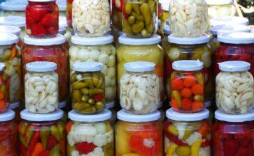 Calorie conserve di verdura: sott'olio o al naturale?