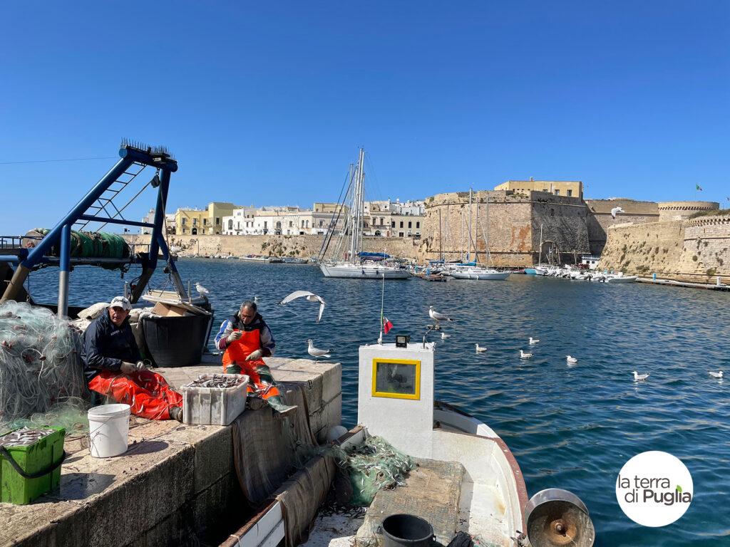 Gallipoli con i suoi pescatori ed il suo Castello