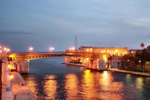 Tagli alle province: Foggia e Lecce sono salve