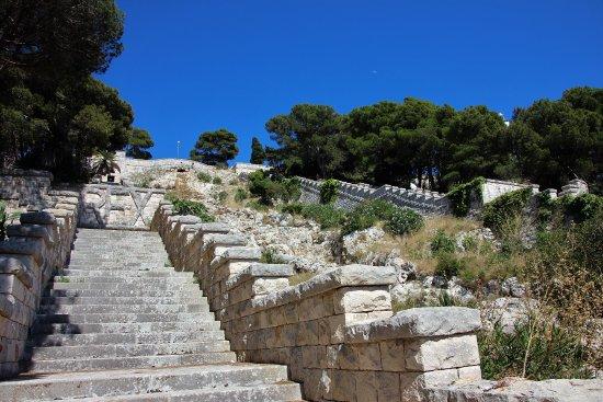 scalinata monumentale leuca – Laterradipuglia.it