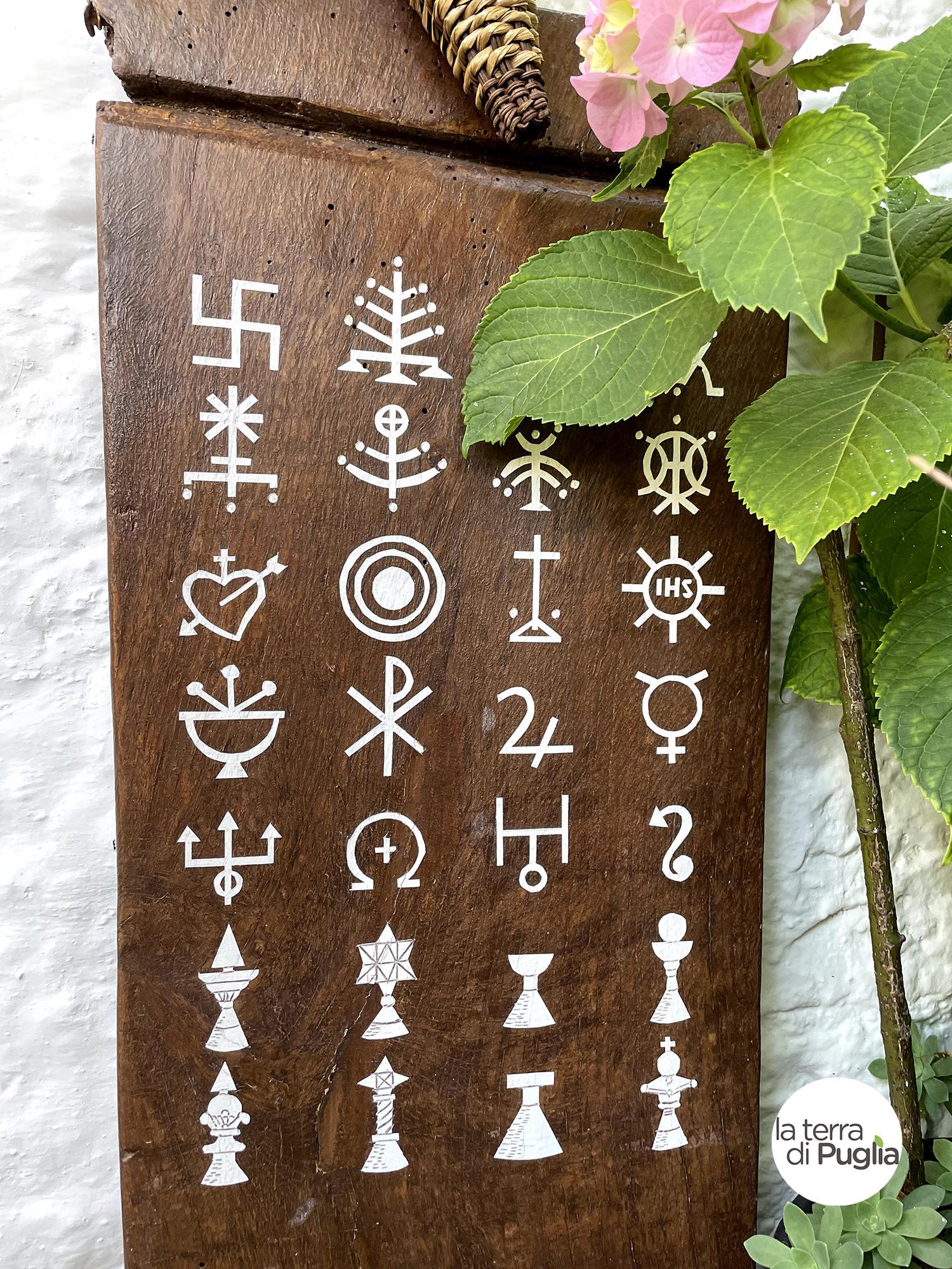 simboli-trulli-alberobello-01