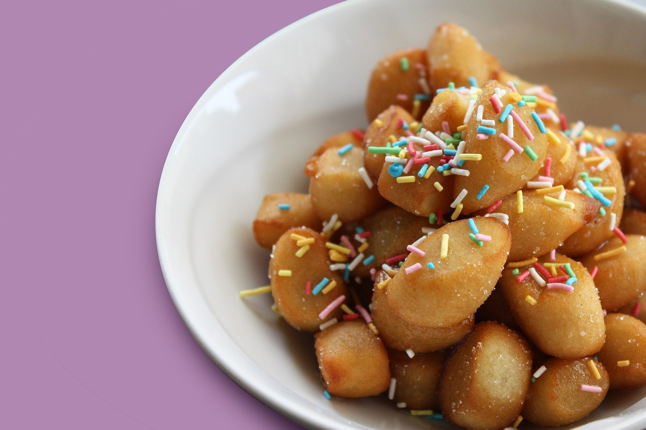 struffoli – dolci pugliesi – Laterradipuglia.it