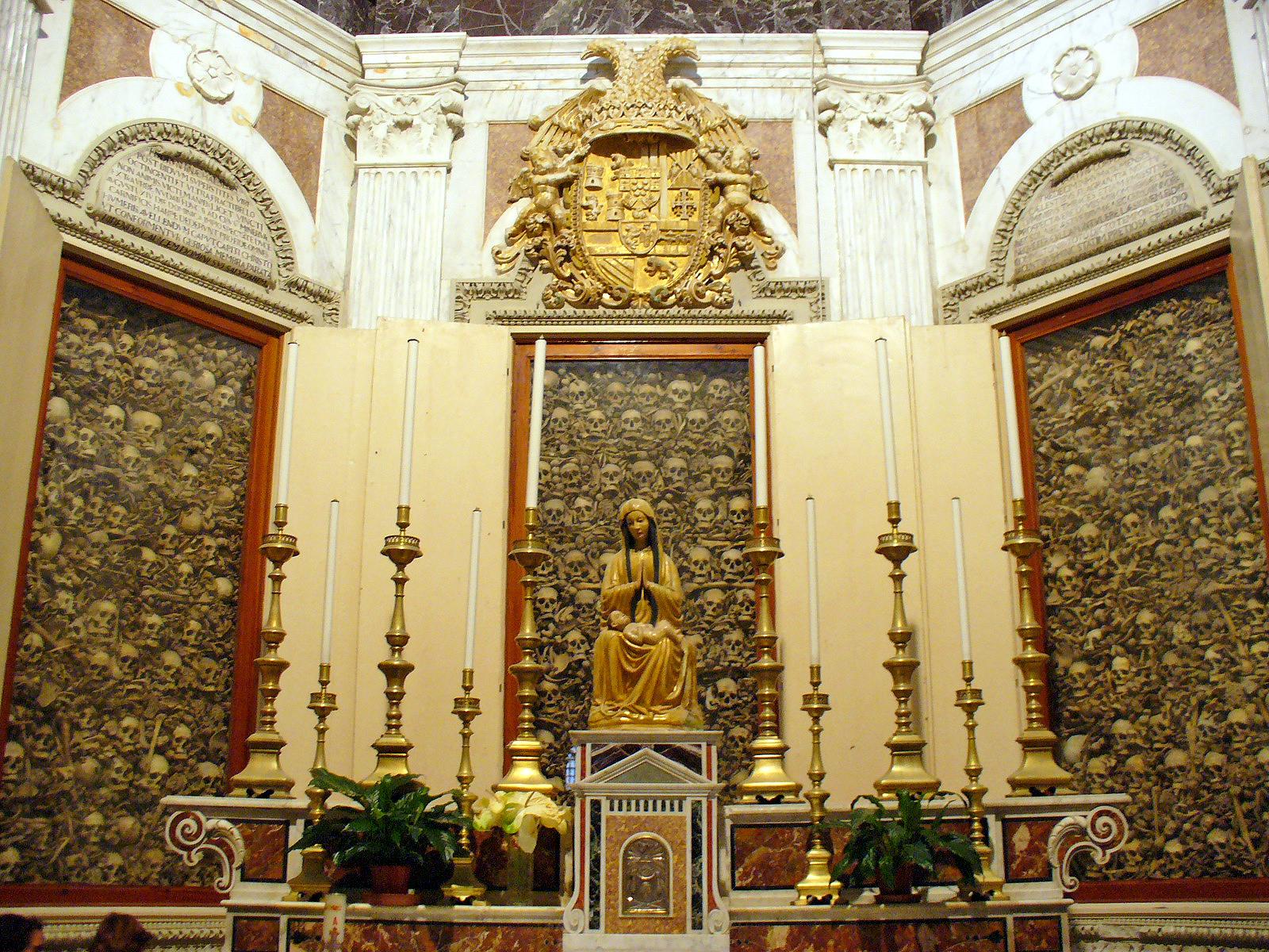 teschi-cattedrale-otranto