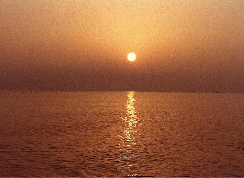 Tramonto sul mare in Puglia