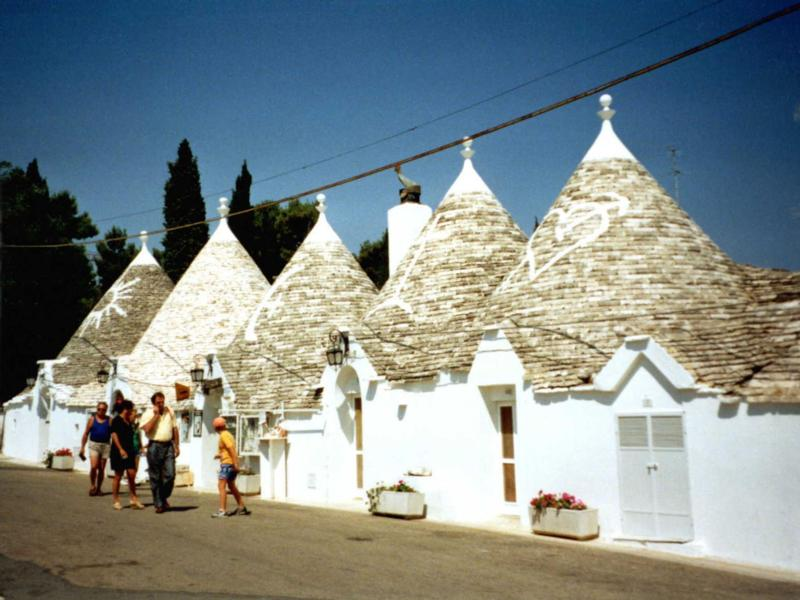 trullialberobello